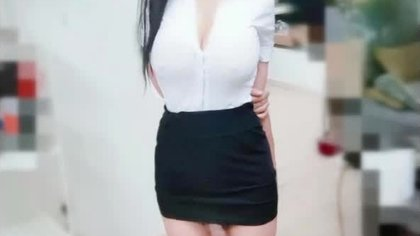Ladyboy Yuenu XXX Clips